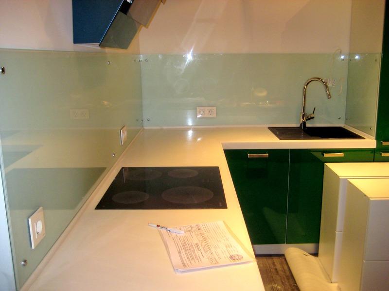 раздвижные стеклянные столы для кухни фото